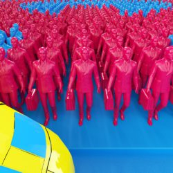 OH37 Letter Q 3D People in a crowd blue and red